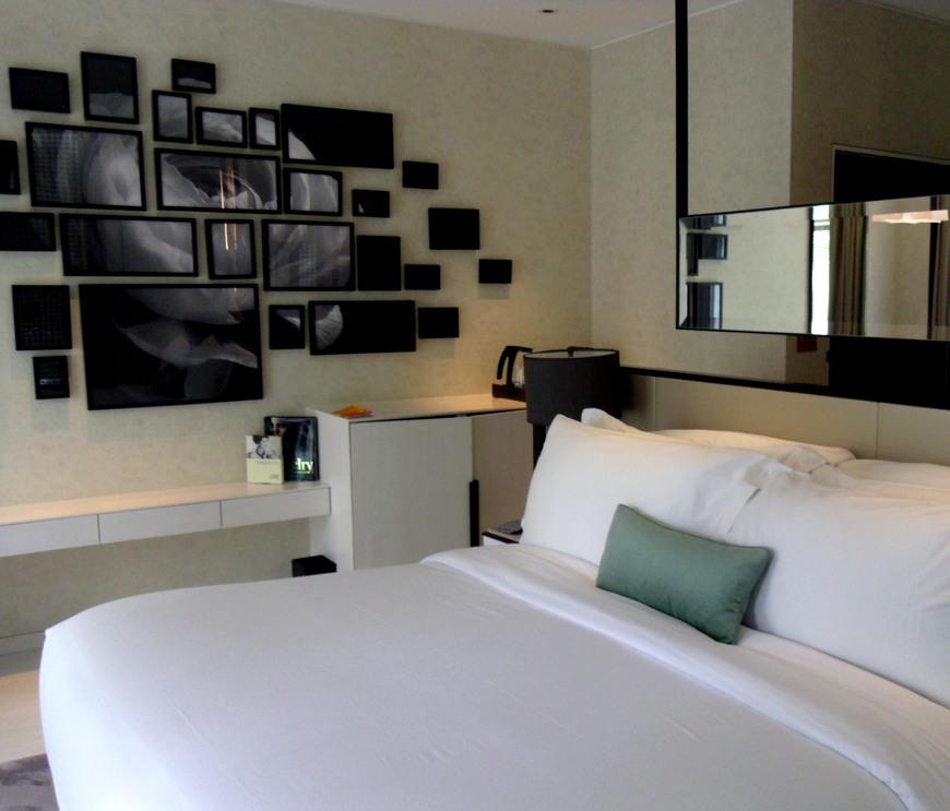 Naumi Hotel