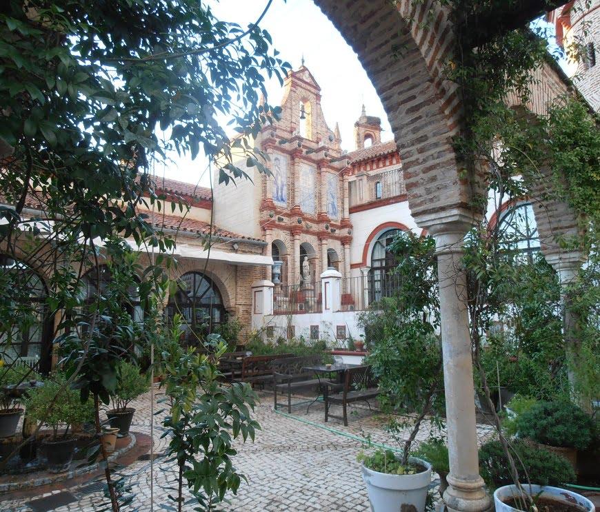 El Palacio de San Benito Patio