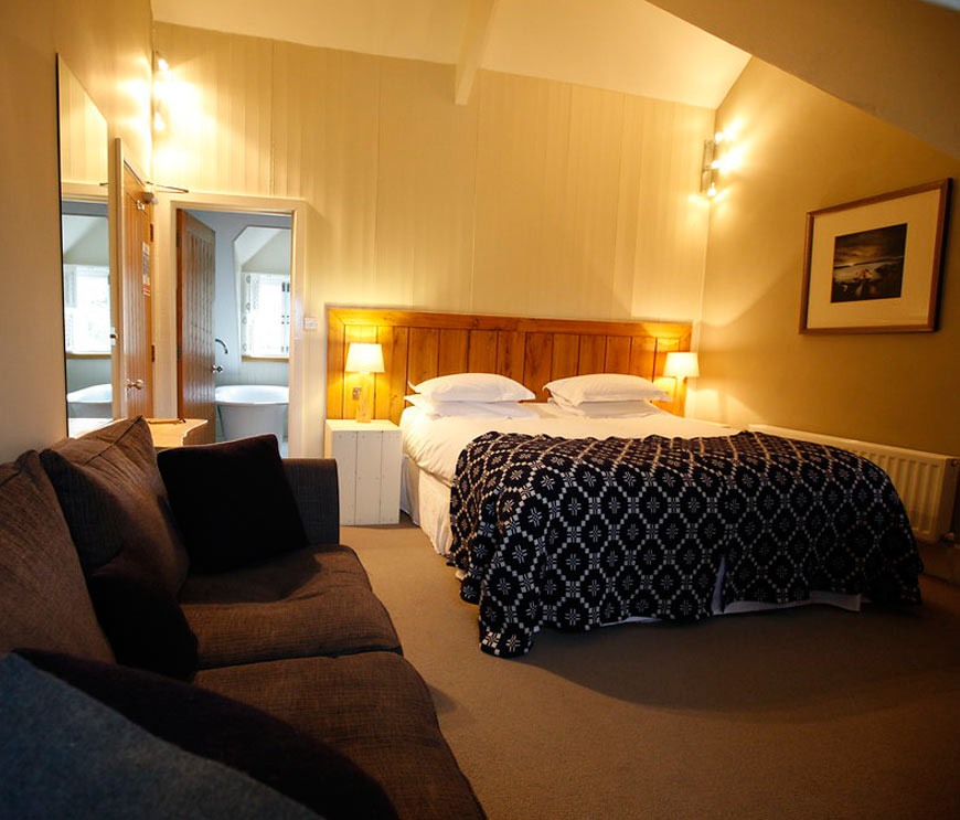 Llys Meddyg Restaurant & Rooms, Newport, Pembrokeshire